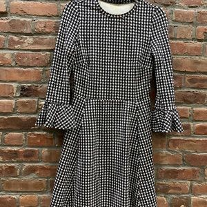 Kate Spade Fall 2018 houndstooth dress!
